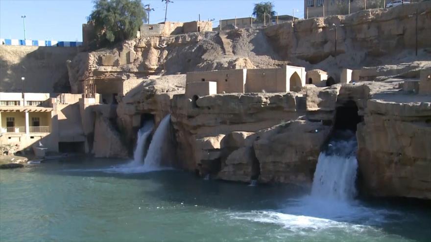 Irán: Cascadas de Shushtar, Aran y Bidgol, La ciudad de Rey
