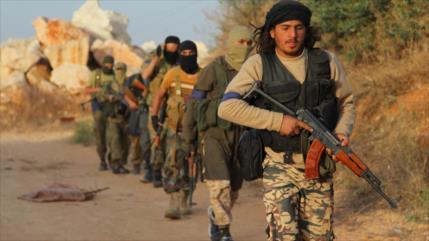 """Rusia alerta de """"pulir"""" imagen de terroristas como oposición siria"""