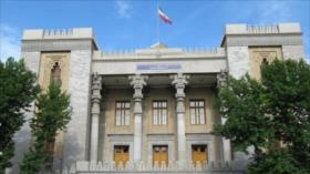 Irán a Johnson: Londres no podrá chantajearnos con nuestro dinero