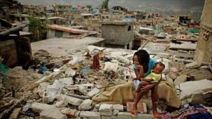 Asciende a 304 cifra de muertos por potente terremoto en Haití
