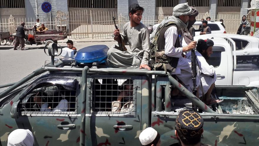 ¿Por qué Ejército afgano entrenado por EEUU fracasa ante Talibán? | HISPANTV