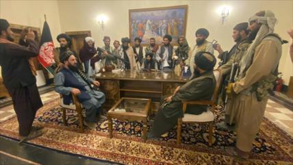 China: Transición de poder en Afganistán fue más suave que en EEUU