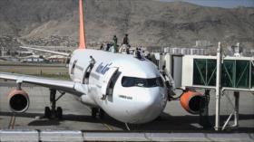 Talibán culpa a EEUU del drama del aeropuerto de Kabul