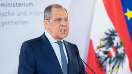 Lavrov felicita a nuevo canciller iraní y aboga por afianzar nexos