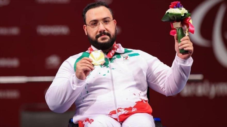 Levantador de pesas iraní gana medalla de oro enJJPP 2020