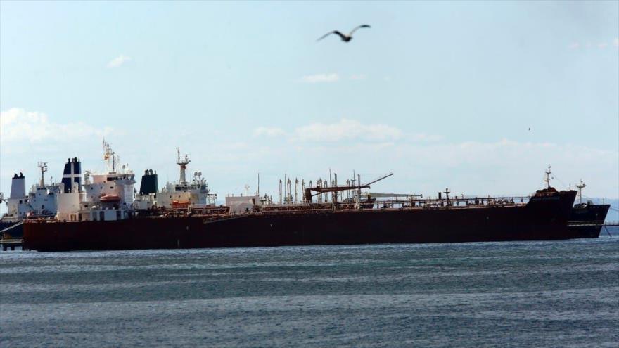 Hezbolá en alerta: primer petrolero iraní ingresa al Mediterráneo   HISPANTV