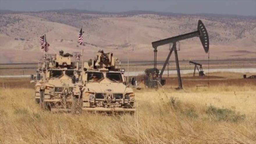 Atacan con cohetes base estadounidense en Siria | HISPANTV
