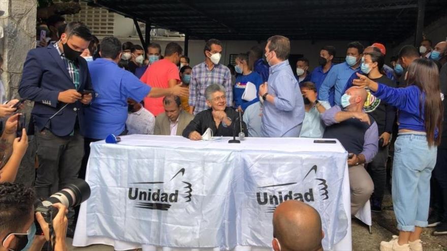 Oposición venezolana asegura participación en comicios regionales