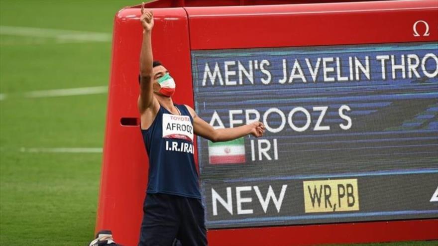 Lanzador de jabalina iraní gana medalla de oro en Juegos Paralímpicos