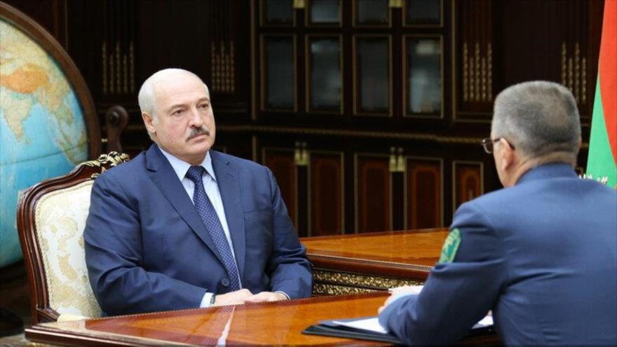 Lukashenko afirma: Rusia entregará decenas de aviones a Bielorrusia | HISPANTV