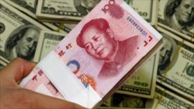 Golpe abajo para el dólar: Gazprom ruso usa yuan y rublo en pagos