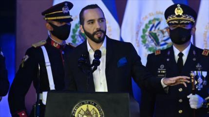 """¡Alerta!: La democracia en El Salvador """"está al borde del abismo"""""""