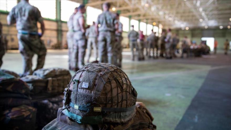 Las tropas británicas en el aeropuerto de Kabul, capital de Afganistán. (Foto: The Times)