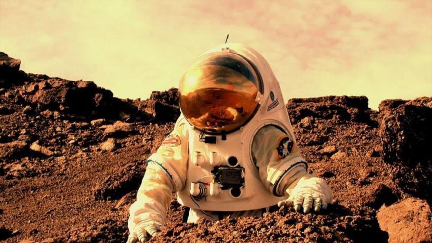 Científicos calculan cuánto tiempo podrá pasar una persona en Marte.