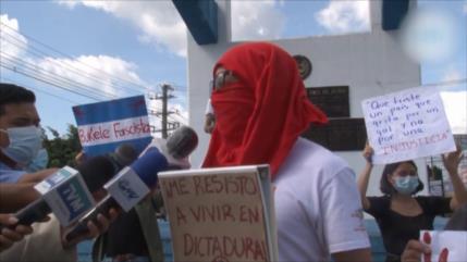 En El Salvador protestan contra reelección presidencial inmediata