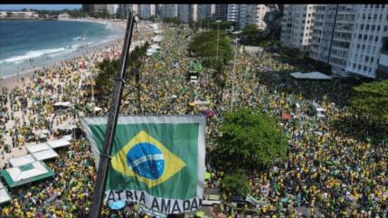 Partido de Lula pide defender democracia ante ataques de Bolsonaro