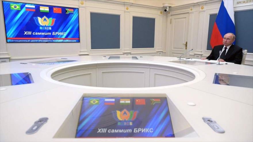 El presidente ruso, Vladimir Putin, en la cumbre virtual del BRICS a través de un videoconferencia, 9 de septiembre de 2021. (Foto: AFP)