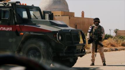 Explosión de bomba golpea patrulla rusa en Siria; muere un soldado