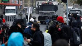 Vídeo: Carabineros reprimen una multitudinaria marcha en Chile