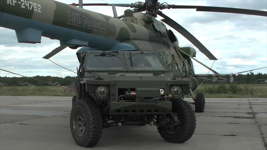 Vídeo: Rusia prueba nuevo equipo militar ante ojos inquietos de OTAN