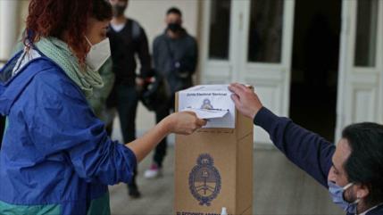 Argentina elige a candidatos para legislativas de noviembre