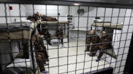 Represión israelí a tope: 1400 presos palestinos entran en huelga