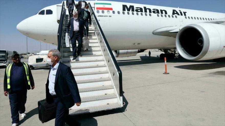 1.º vuelo de Irán desde la toma de posesión de Talibán aterriza en Kabul