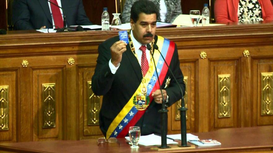 Venezuela arremete contra sanciones de EEUU al sector petrolero