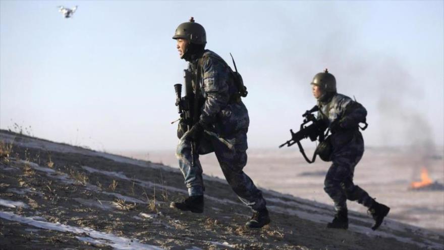 China envía equipos militares más avanzados a frontera con India | HISPANTV