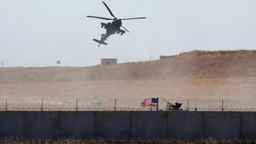 EEUU traslada a presos terroristas de Daesh a su base ilegal en Siria