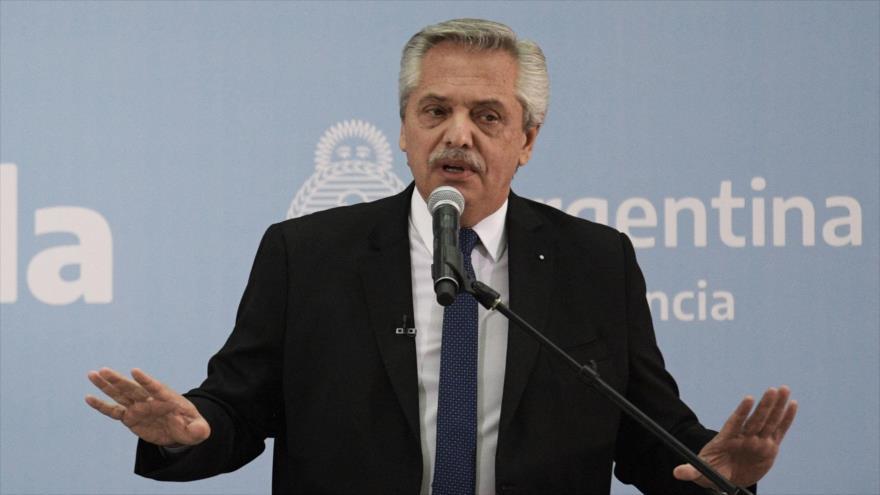Fernández a oposición: Nadie podrá atraparme en disputas internas