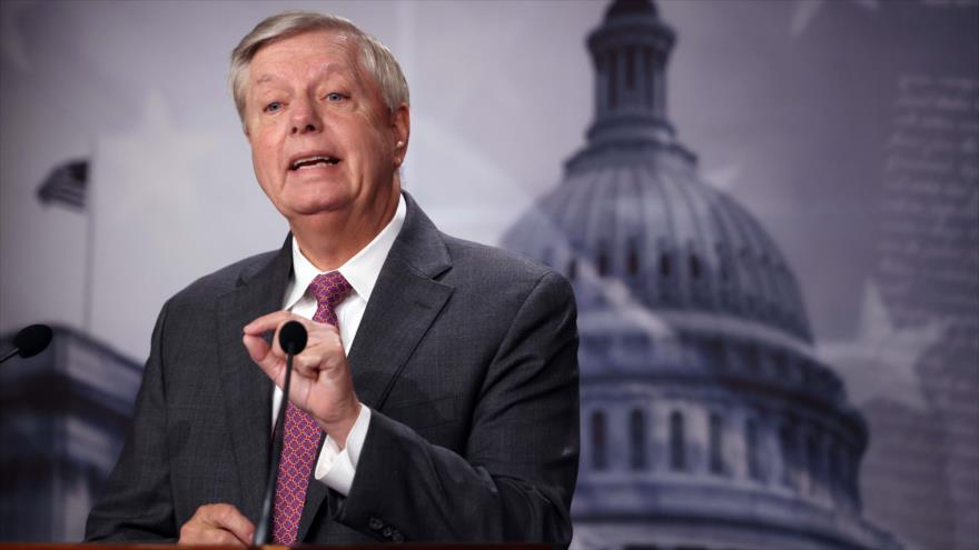 Senador de EE.UU. Lindsey Graham habla en una rueda de prensa en Washington D.C., la capital, 30 de julio de 2021. (Foto: AFP)