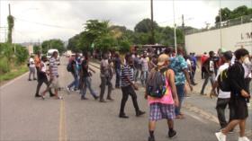 Migrantes inician trámite de amparo para tránsito libre por México