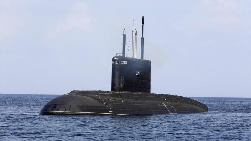 Un submarino de ataque ruso de la clase Varshavianka de propulsión convencional. (Foto: Sputnik)