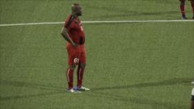 ¡Récord! Vicepresidente de Surinam, de 60 años, juega en Concacaf