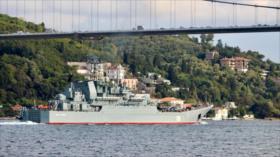 Buque de guerra ruso envía armas pesadas desconocidas a Siria