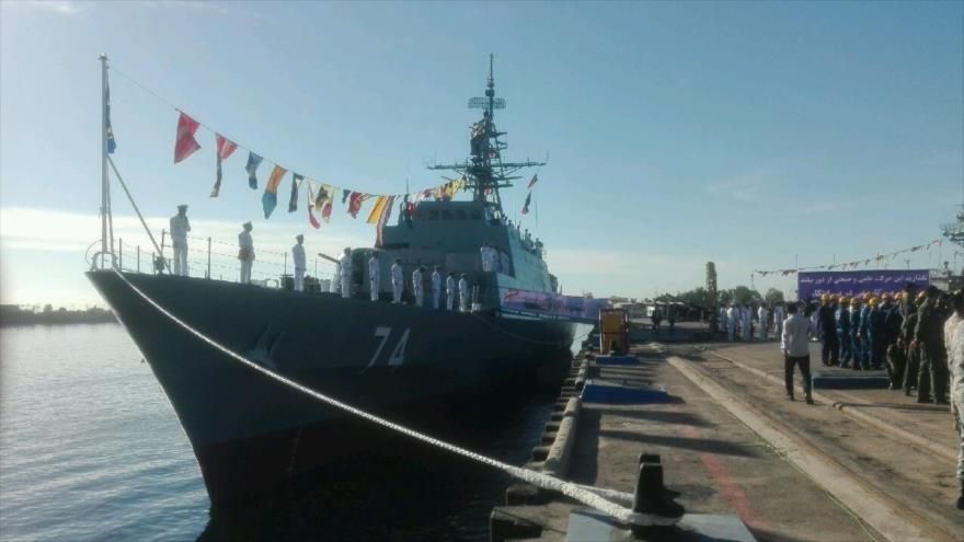 El destructor Sahand, perteneciente a la Fuerza Naval del Ejército de Irán, en el puerto de Bandar Abás, 1 de diciembre de 2018.