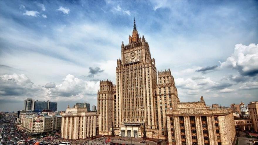 Fachada de sede del Ministerio de Asuntos Exteriores de la Federación de Rusia ubicado en Moscú, la capital.