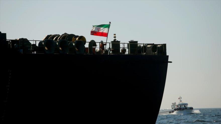 Un buque de bandera iraní.