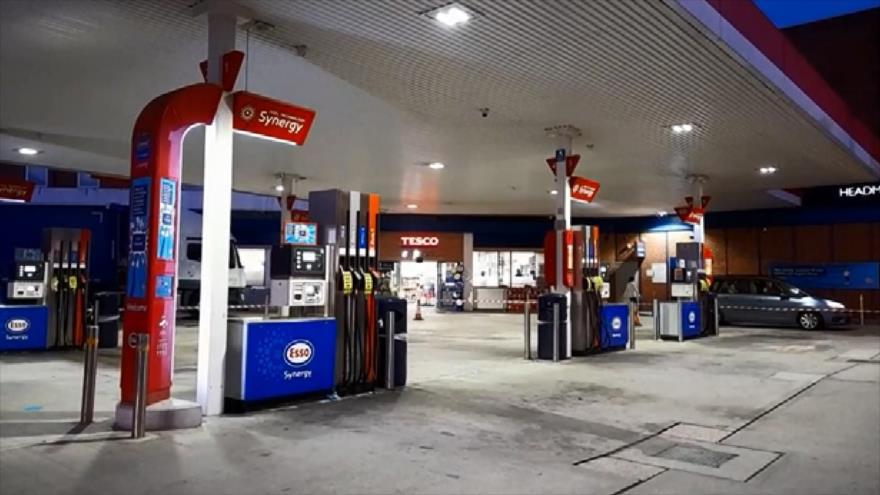 Reino Unido sufre crisis por escasez de combustible y alimentos   HISPANTV