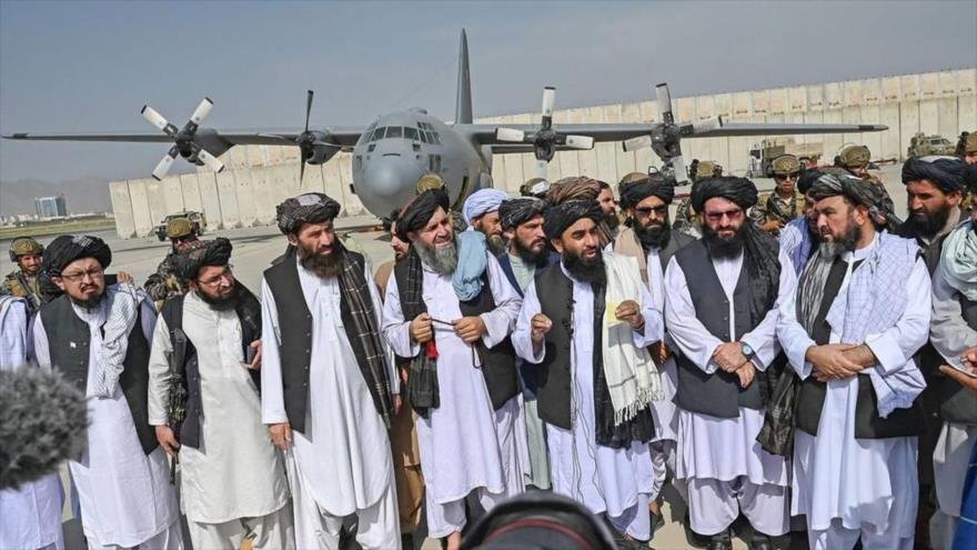 Un portavoz de Talibán anuncia la formación de gabinete del grupo armado, Kabul, capital afgana, 3 de septiembre de 2021.( Foto: AFP)