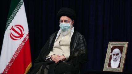 Líder fustiga campañas negativas y sucias de enemigos contra Irán