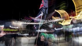 Marcha de peregrinos musulmanes para conmemorar Arbaín en Karbala