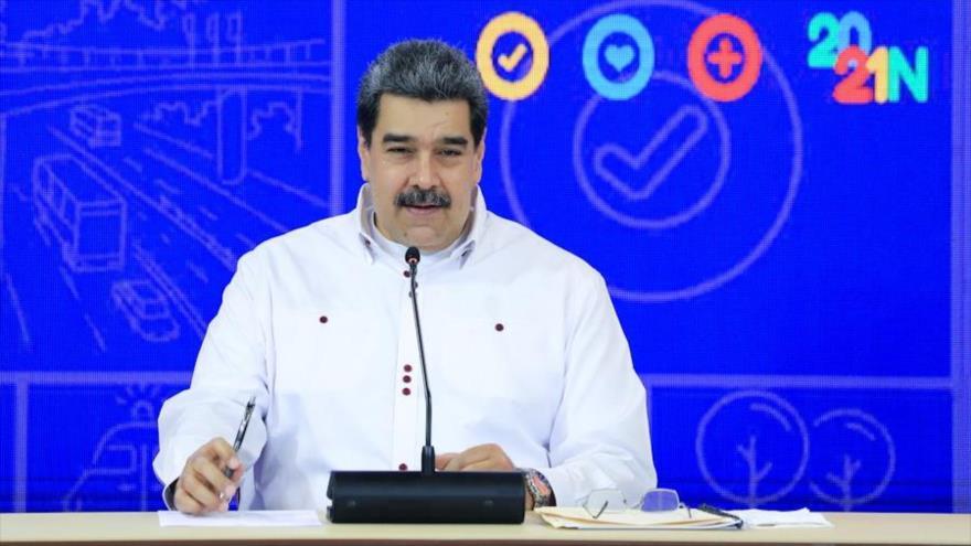 El presidente de Venezuela, Nicolás Maduro, ofrece su discurso en una alocución transmitida por la tlevisión estatal VTV, 27 de septiembre de 2021. (Foto: Prensa Presidencial)