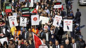 """Jordanos protestan por el """"catastrófico"""" acuerdo de gas con Israel"""
