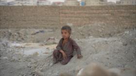 Afganistán, una carrera contra el reloj y contra la muerte