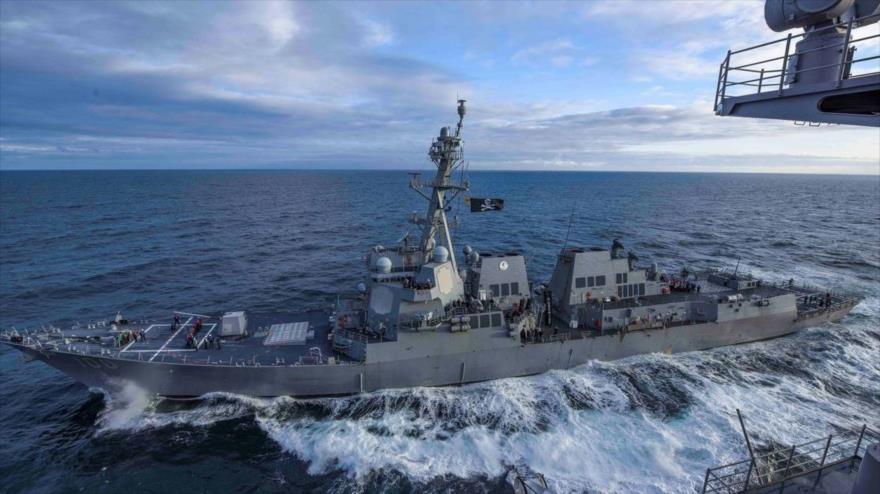El destructor de misiles guiados USS Kidd clase Arleigh Burke de la Armada de Estados Unidos transita por el Golfo de Alaska, 16 de mayo de 2019. (Foto: Reuters)