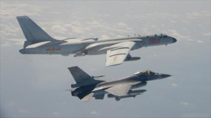 China envía 38 cazas hacia Taiwán tras incursión de buque británico
