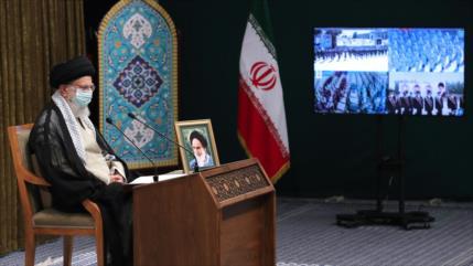 Líder: FFAA de Irán, escudo defensivo ante amenazas de enemigos