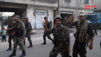 Siria intensifica sus ataques contra terroristas en Idlib y Hama